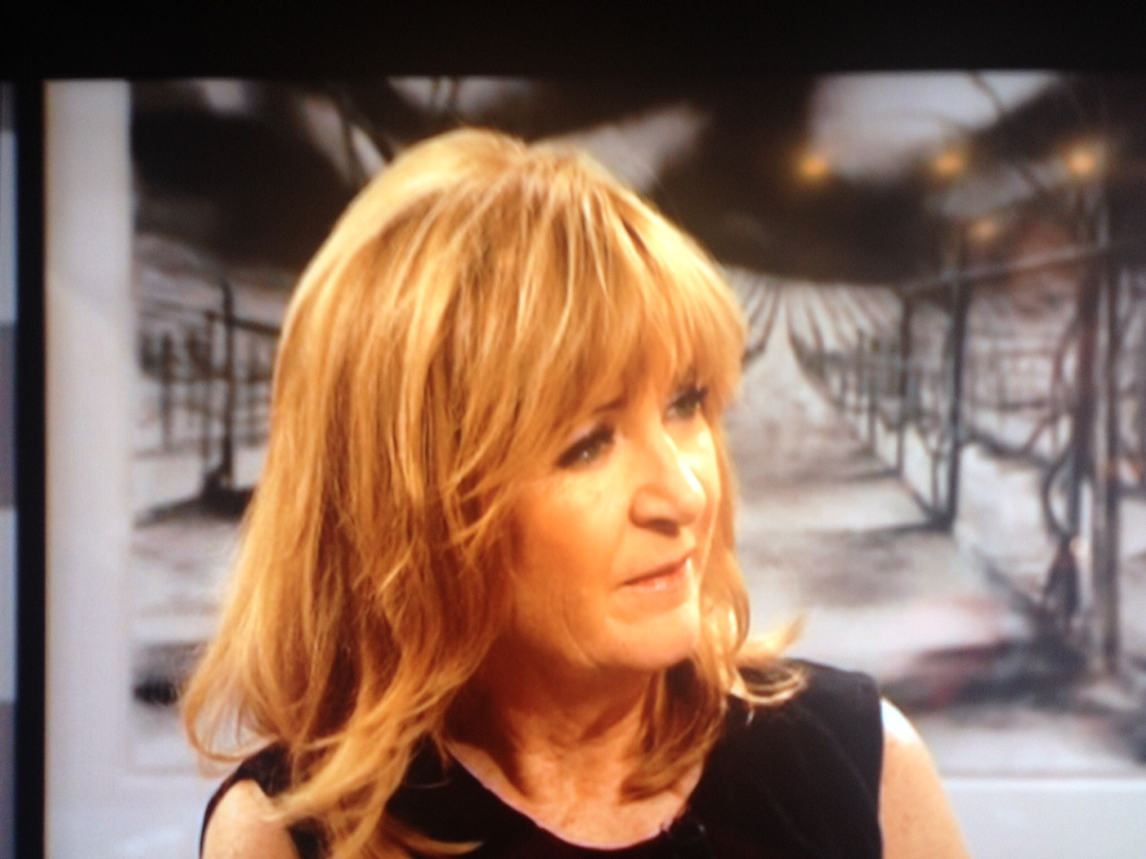 One More Week In Swedish Talkshow TV4, Efter Tio With